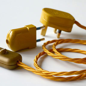 Group Photo of Gold In-line Rocker lamp switch