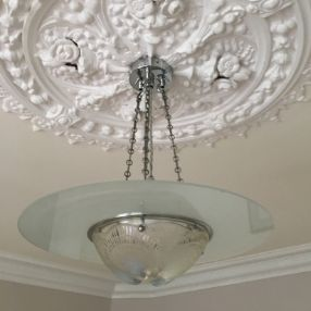 Ceiling_Pendant_with_chains