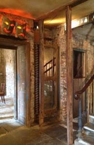 playhouse doorway
