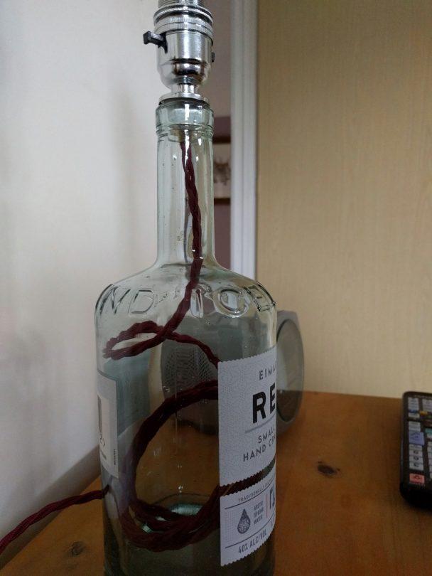 Gin_bottle_lamp